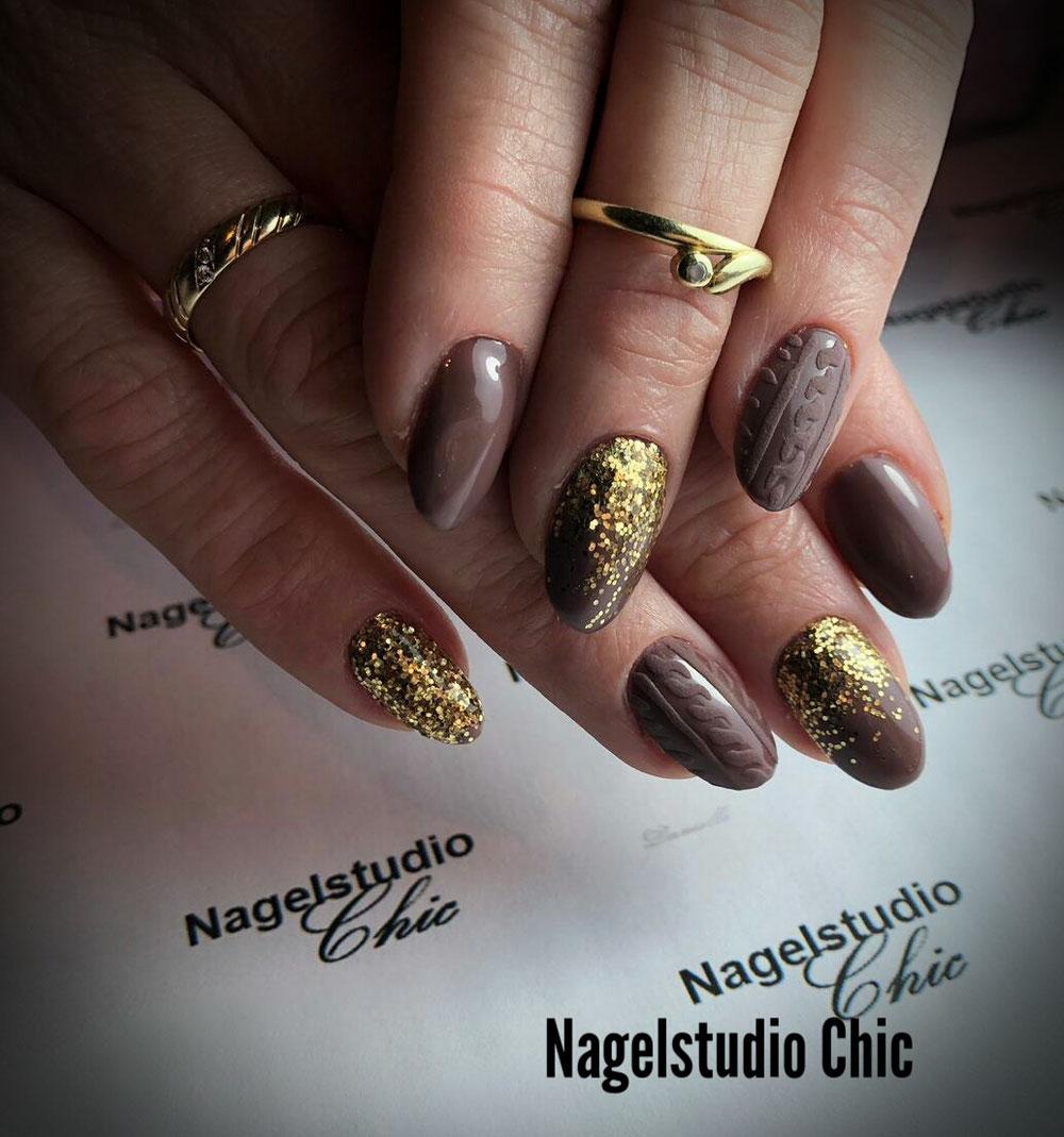 Kabeltrui nailart met glitter