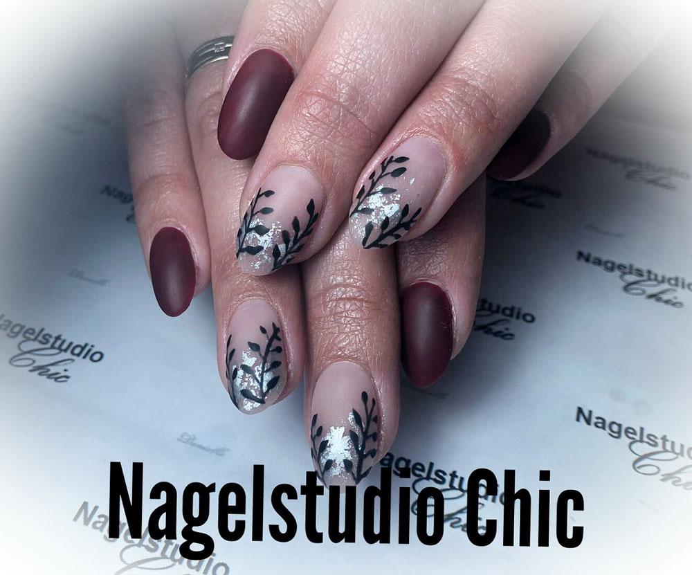 Mooi matte nagels met nailart