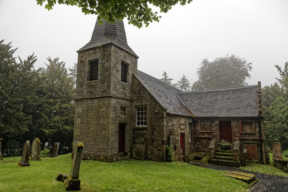 blog over outlander top 10 filmlocaties en glencorse chapel
