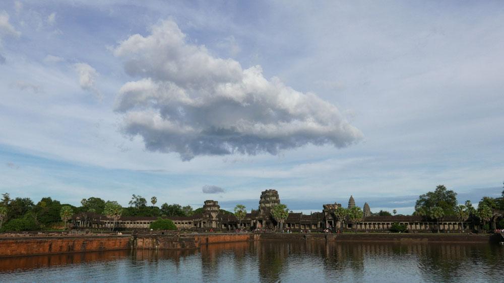 Le nuage dodu sur nos têtes...😝