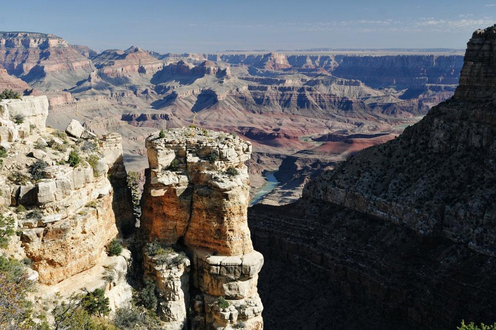Vu! Le Colorado creuseur de Canyons!