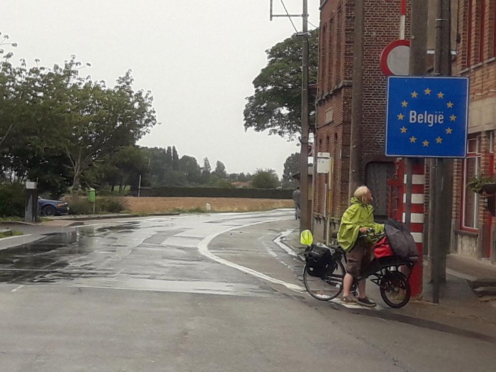 Yippie, wir sind schon in Belgien!