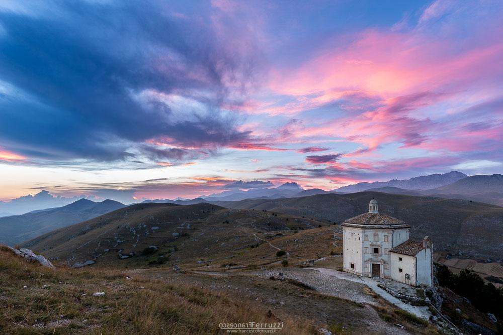 santa maria della pietà - rocca calascio al tramonto