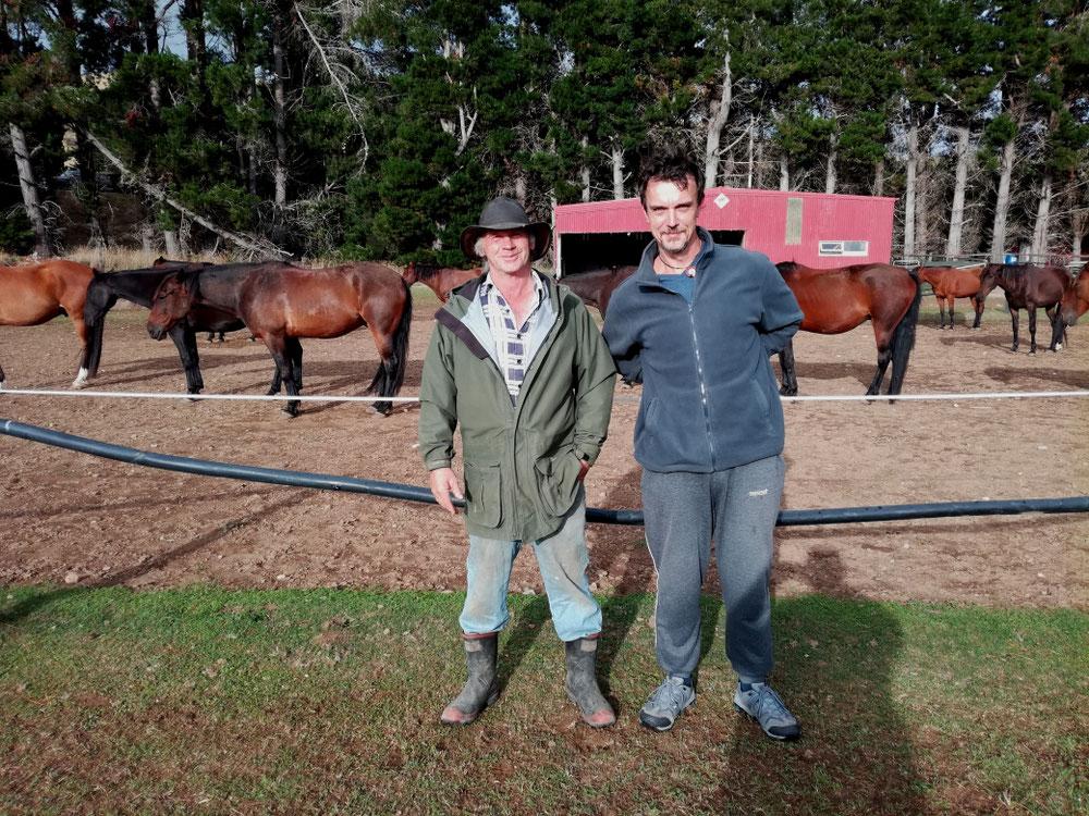 TAG EINUNDZWANZIG Andy war ein tofter Typ und auf seiner Pferdewiese ließ es sich gut verweilen, aber das nächste Ziel im Visier ging es wieder auf die ...