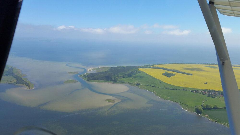 Die Ostseeküste bei strahlendem Wetter Ende Mai