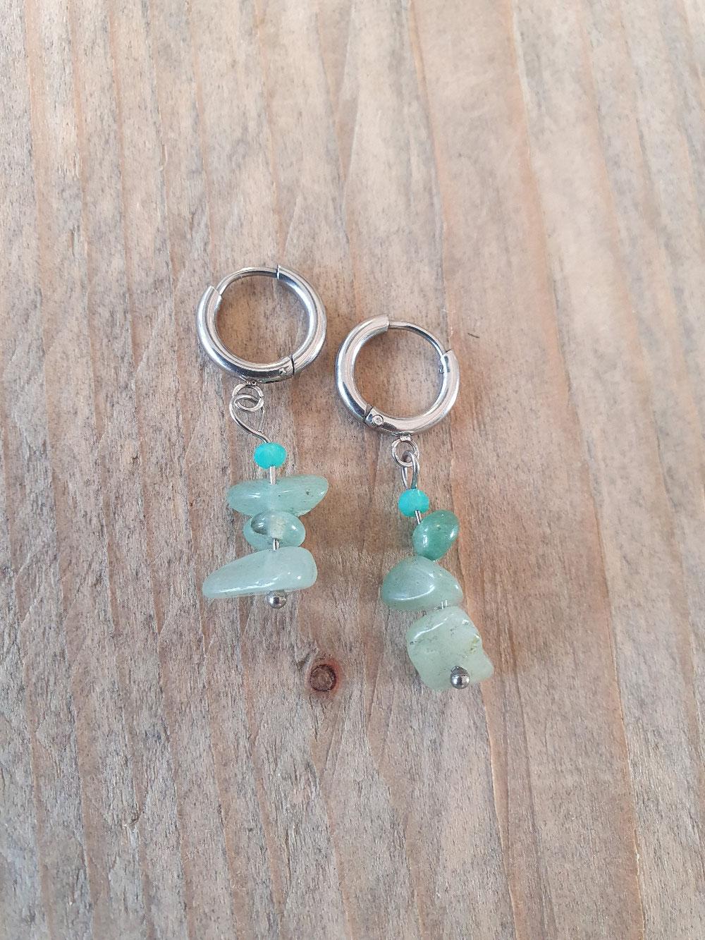 Stainless oorringetjes met natuursteentjes 9.95