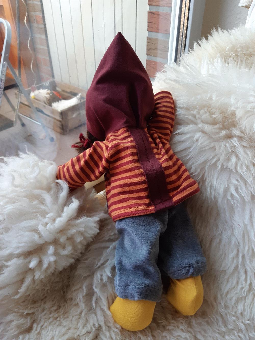 Bio-Stoffpuppe, individuelle Puppe passend zum Kind, Waldorfart, inneres Kind heilen, innere Kind Puppe, Wunschpuppe, ökologische Kinderpuppe, bio-fair, ökofairliebt, Selbstakzeptanz bei Kindern stärken, Naturmaterial, Puppenhandwerk, handgemacht