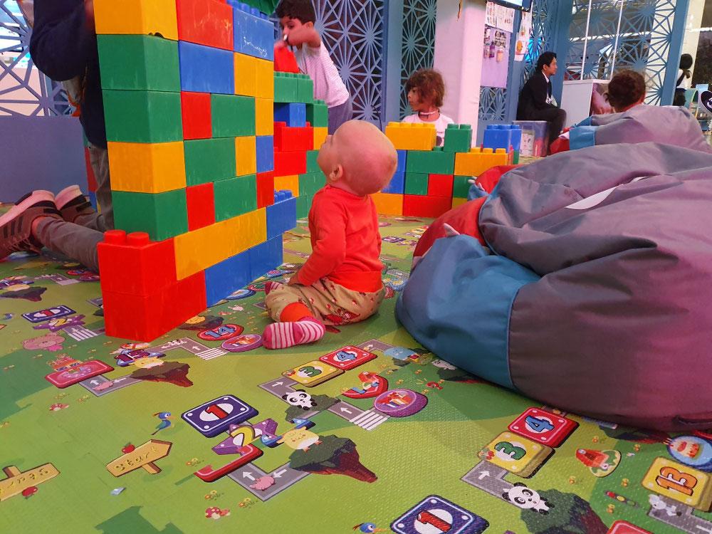 Spielplatz auf dem Flughafen in Doha