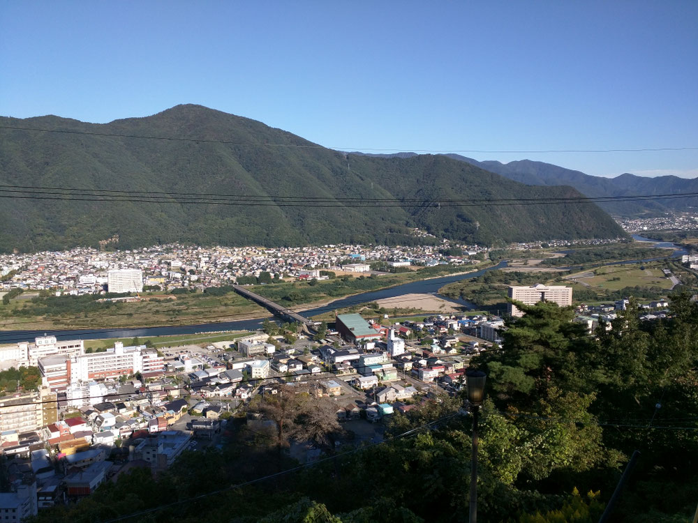 山から観た千曲川