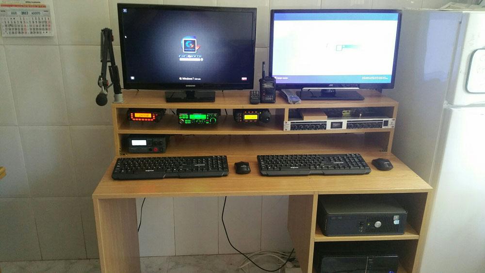 Nueva mesa de radio
