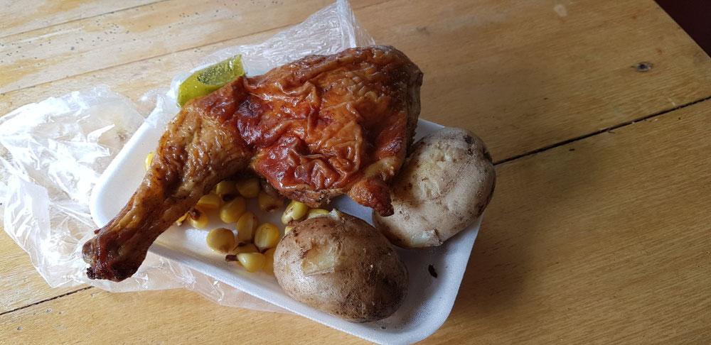Hähnchen mit Kartoffeln und Mais
