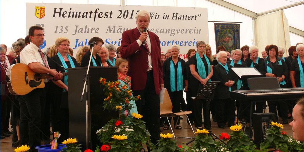 Ökumenischer Gottesdienst - Auftritt zusammen mit dem ev. Kirchenchor und dem Frauenchor Hattert