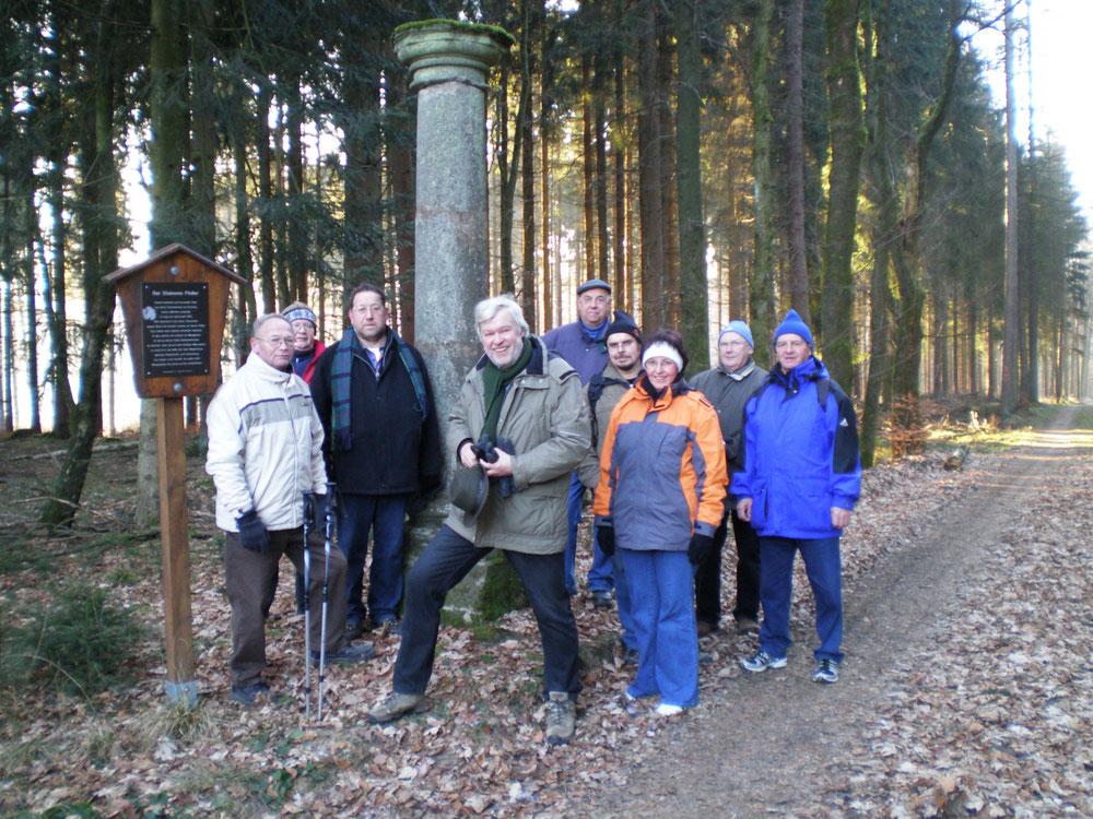 """Winterwanderung nach Marienthal - am """"Steineren Pfeiler"""" vor Kroppach"""