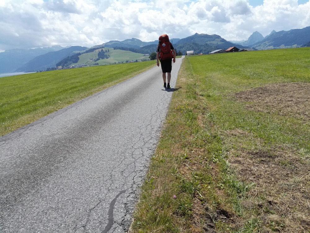 Zu Fuß durch die Schweiz