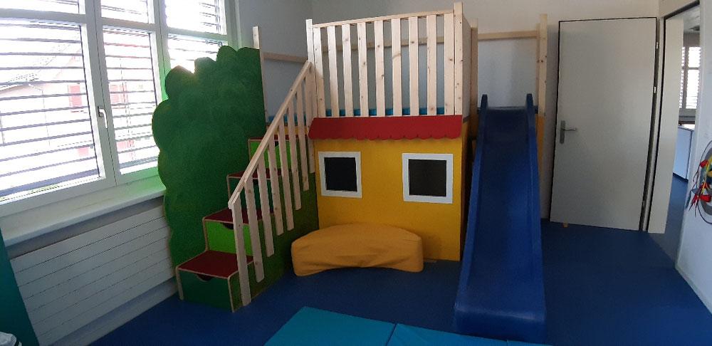Spielhaus im Gumpi-Raum