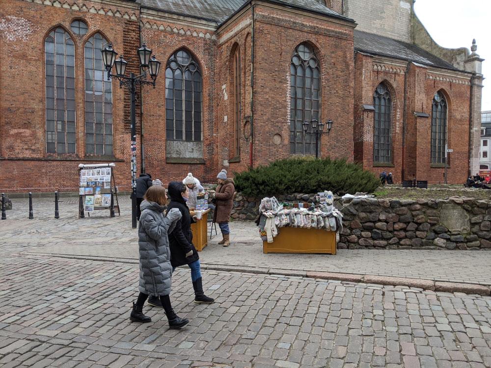 Souvenir-Stände vor der St. Peter Church