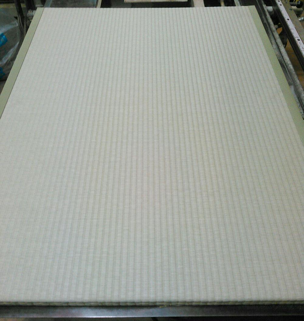 建材床にセキスイ美草使用して新畳作業!