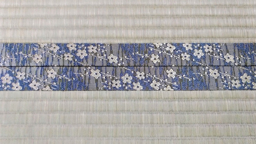 畳縁 HANA香織 No700 梅柄紺色です。