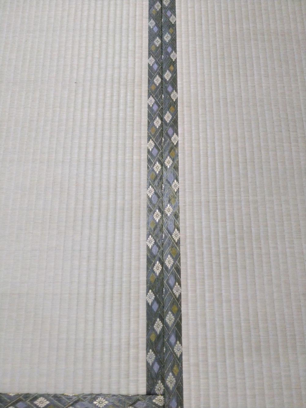 畳縁は、ダイヤ柄グリーン色です。