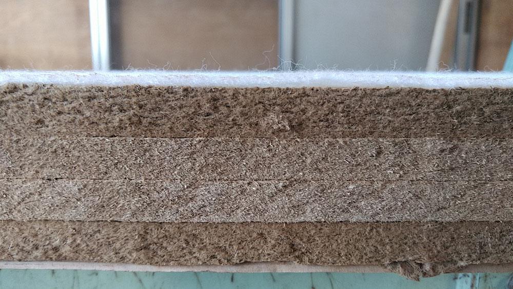 今回使用する、建材床軽量ボード床です。