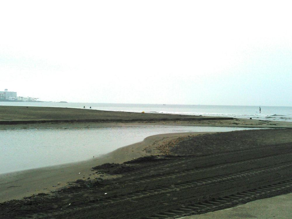 朝の材木座海水浴場!