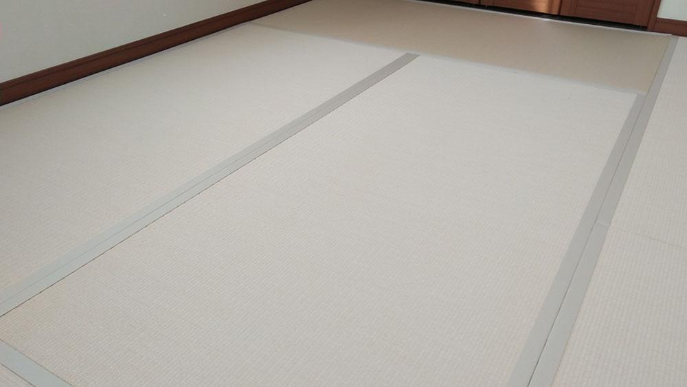 ダイケン健やかおもて、清流カクテルフィット 乳白色×白茶色を使用しました。