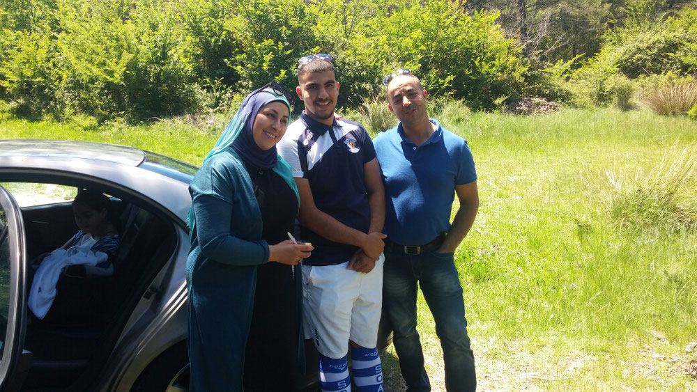 Fusie, Mohammad und Sohn, Tochter und Baby im Auto