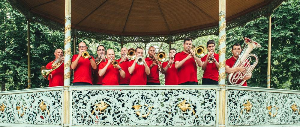 Ensemble de Cuivres de Belgique: 11 musiciens d'orchestres belges, réunis autour d'un projet convivial et musical.