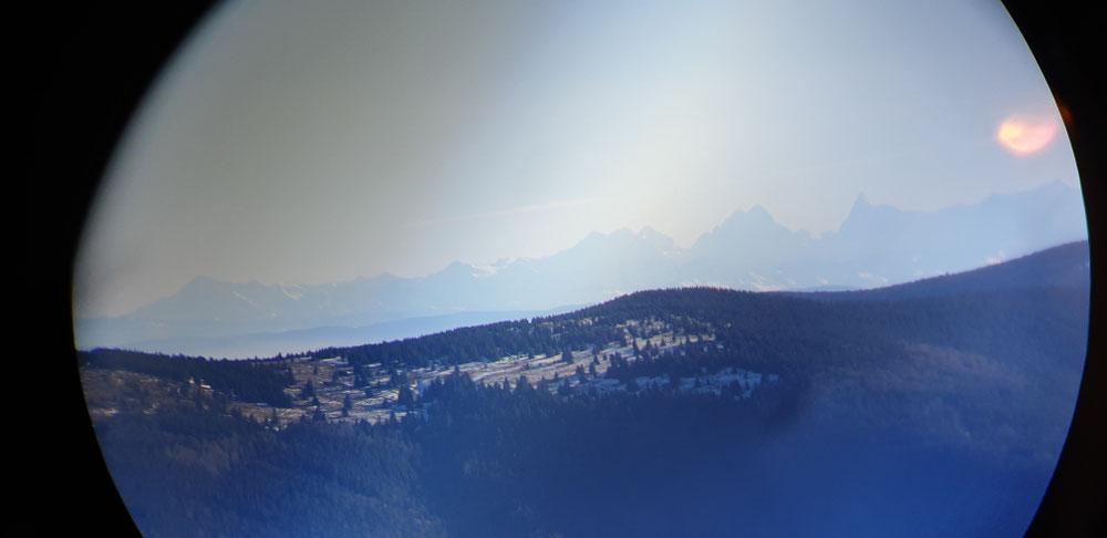Alpen durchs Fernglas
