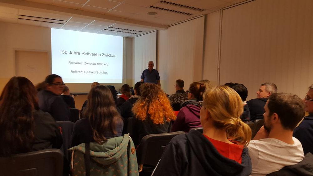Vortrag über die Geschichte des Reitvereins von Gerhard Schultes am 09.11.2018