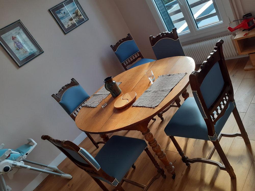 Réfection chaises Henri 2