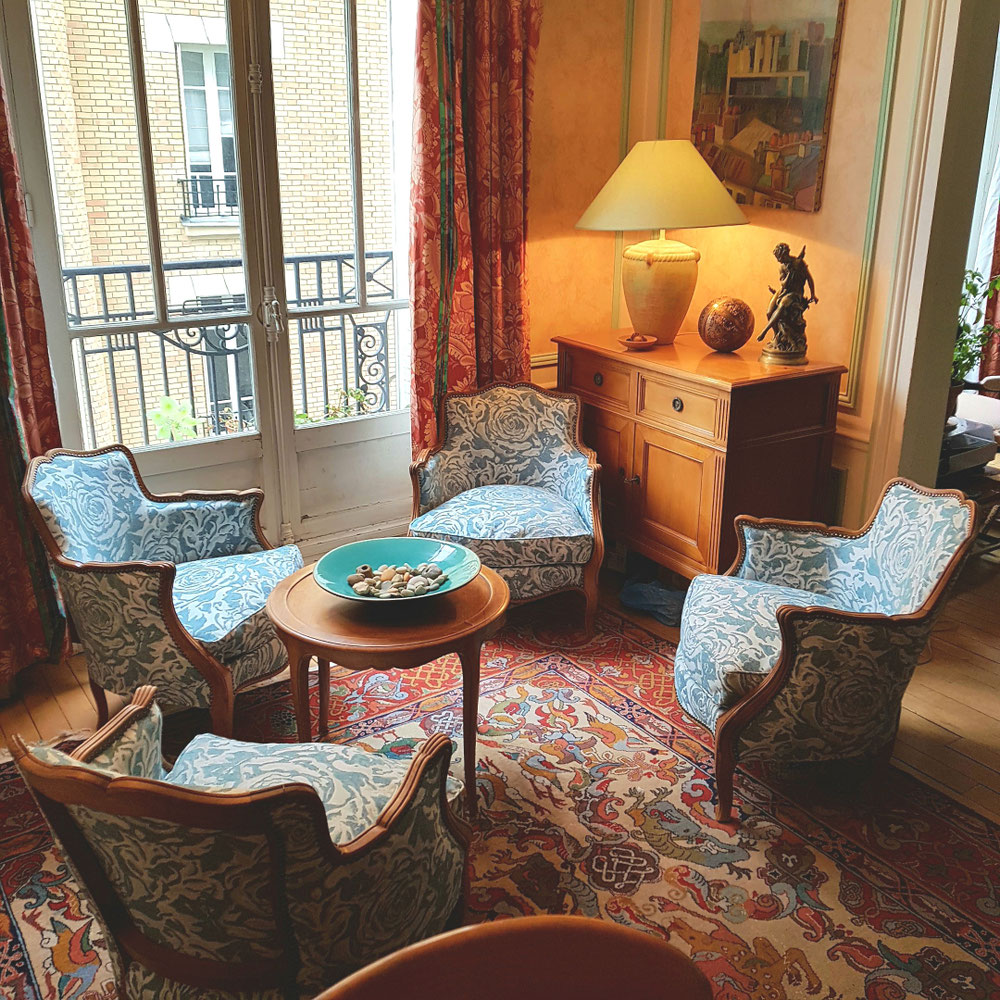 Réfection fauteuil bergere en tissu de chez casal