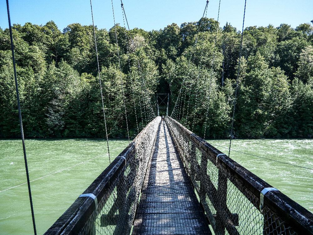 Oder die Brücke?