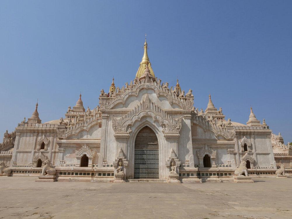 einer der größten Tempel, der Ananda Prada
