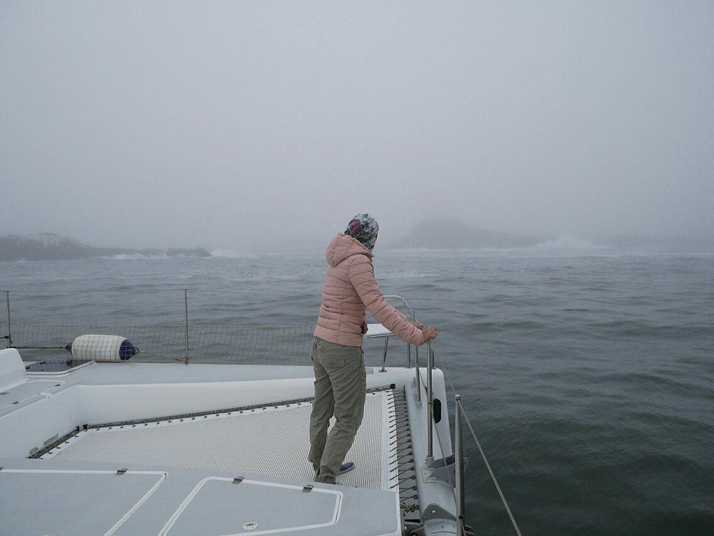 Felsen voraus - Andrea musste bei Nebel im Bug stehen und die Riffe ansagen