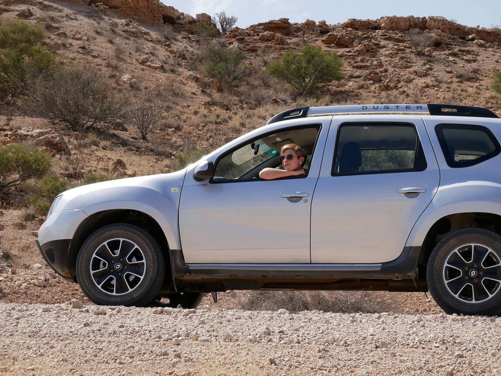 Für alle die nicht wissen, wie so ein Auto aussieht. Einige würden vielleicht sagen es handelt sich hierbei doch um einen Dacia. Da habt ihr euch aber geirrt :)