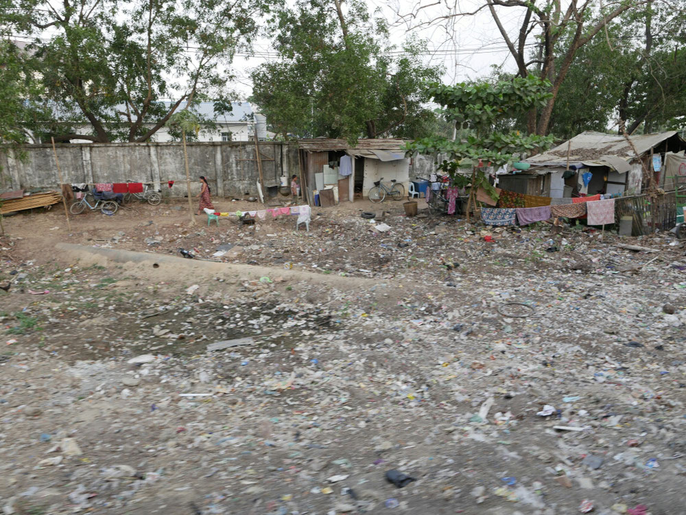 Ich weiß, die meisten asiatischen Länder haben ein großes Müllproblem , in Yangon fanden wir es besonders schlimm
