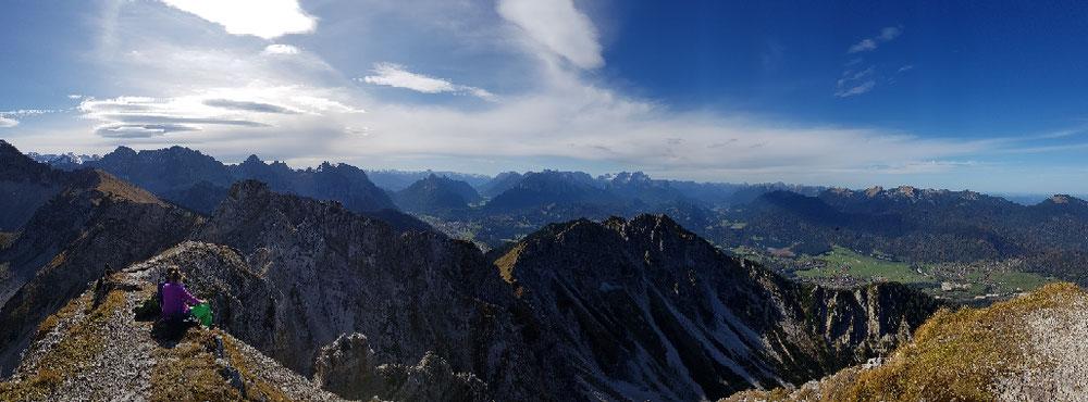 Gipfelpanorama gen Westen