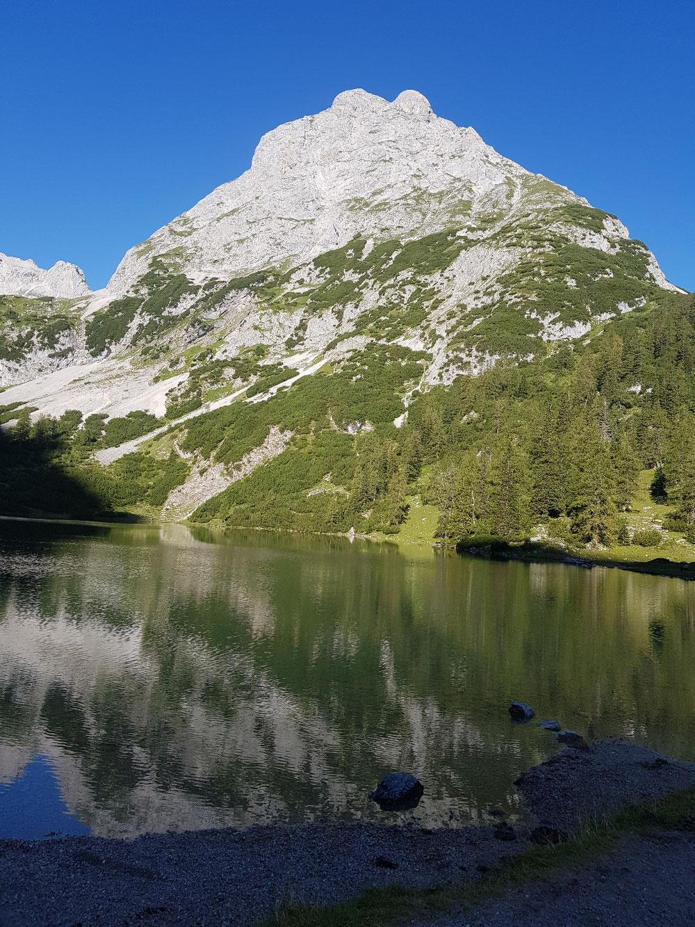 Ehrwalder Sonnenspitze mit Seebensee