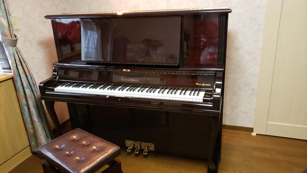 こちらも、ご実家で、長年眠っていたピアノ