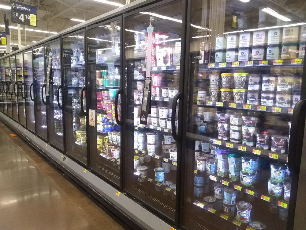 アイスクリームの棚