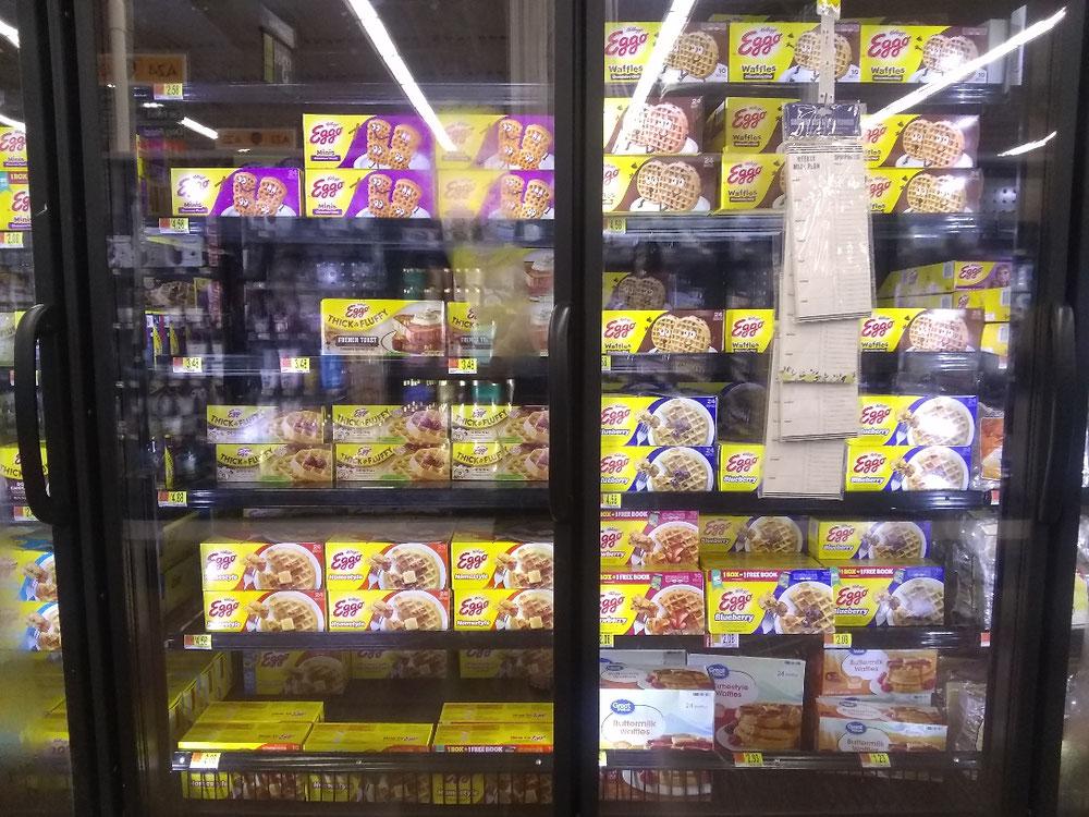 冷凍の朝食用製品の棚