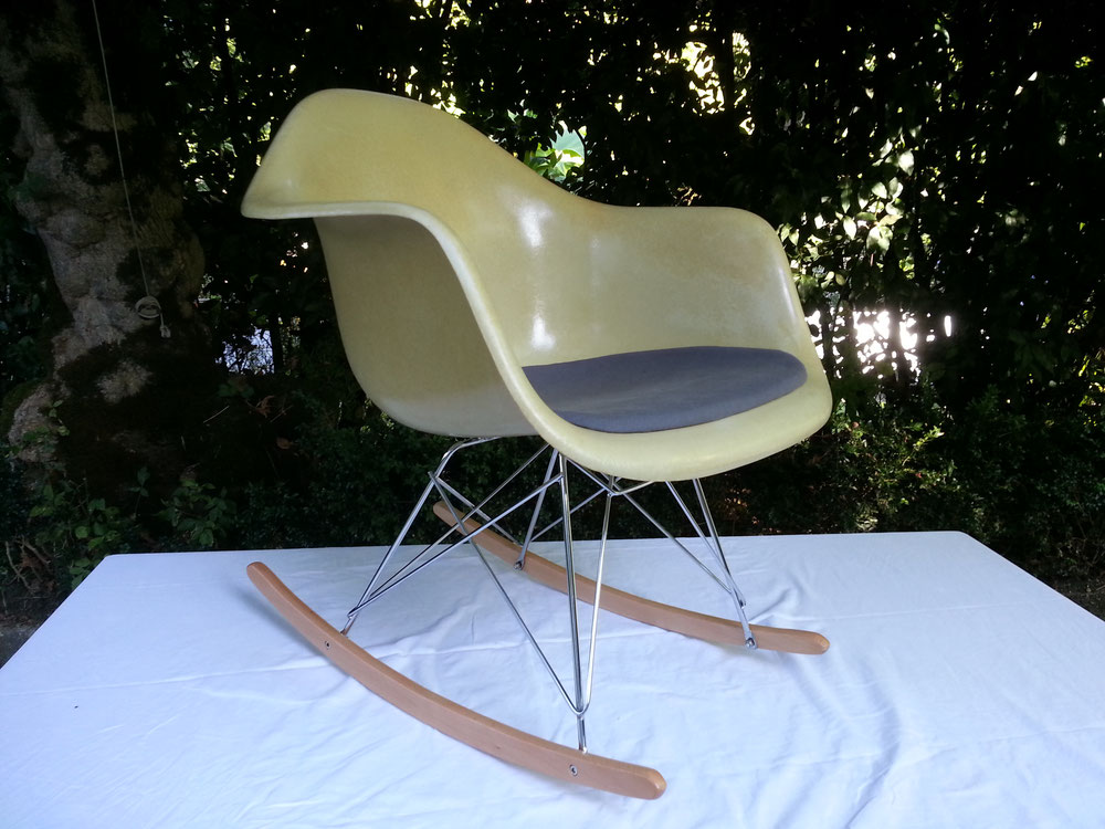 Charles et Ray EAMES Rocking Chair édition Herman miller