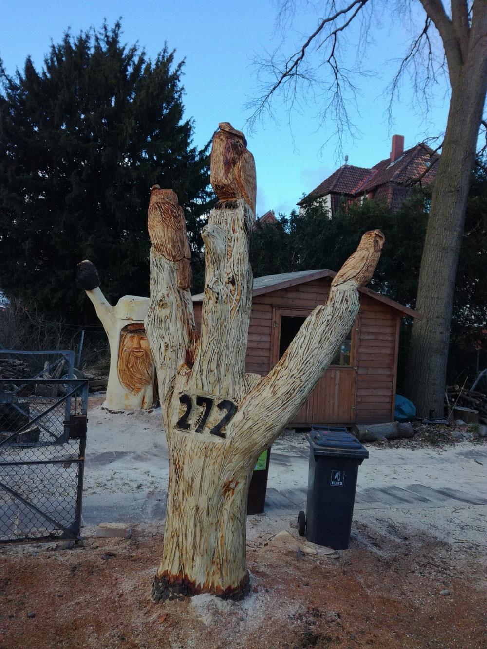 Diese Skulpturen stehen in Vinnhorst, Schulenburger Landstraße