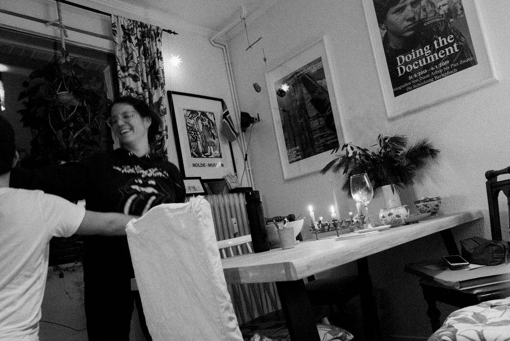 Fotoprojekt Dezember Momente mit Selbstauslöser Bild in schwarz-weiss