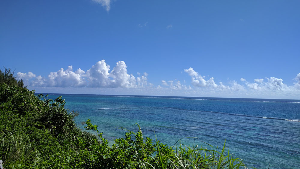 快晴の宮古島の海
