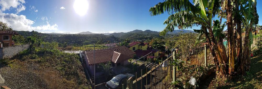 Uitzicht vanaf de ontbijttafel