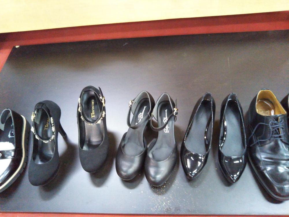 ハイヒール、紳士靴