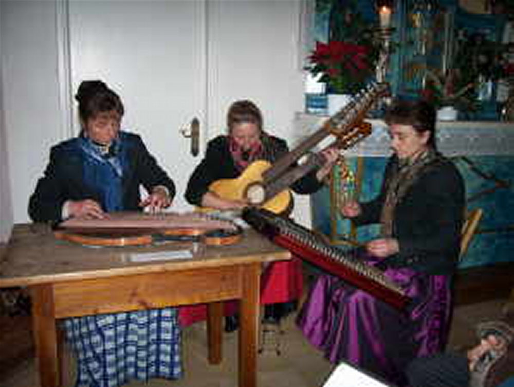 Mittenwalder Hausmusik machen