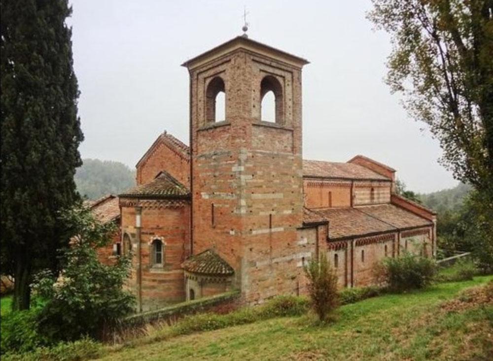 Abbazia di Santa Maria di Vezzolano, Albugnano